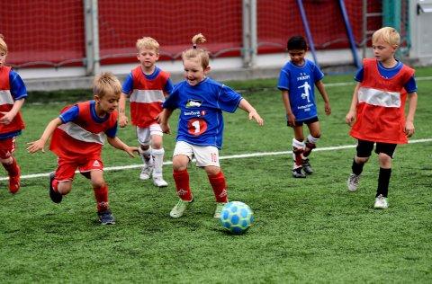 UTSATT: IL Skrim har valgt å utsette sin fotballskole til høstferien i uke 40.