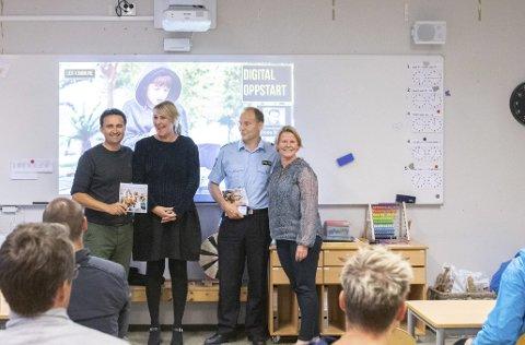 Digital oppstart: F.v. Frode Rensel (Barnevakta), Anne Strand (forebyggende enhet), Pål Sørensen (politikontakt) og Mette M. Justad (rektor). Foto: Dan Ruben Bredvei Aakre