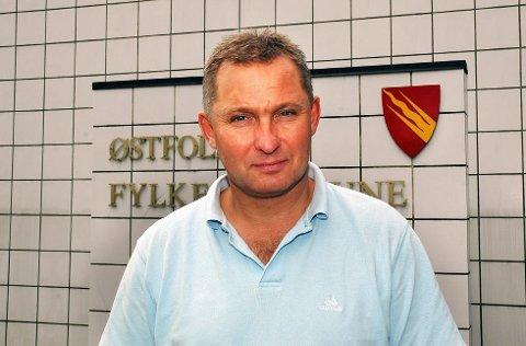 Bjørn Magnus Johansen legger seg flat etter feilsendte inntaksbrev.