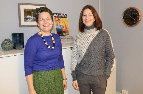 HJELP TIL FLERE: Therese Lerstad (t.v.) og Ingvild Vatne er glad for at Home-Start Moss nå også kan hjelpe familier med barn i skolealder.