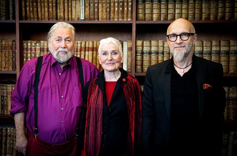 Foto:Fra venstre: Tor Åge Bringsværd, Herbjørg Wassmo og Lars Saabye Christensen. Foto: Hilde Crone Leinebø.