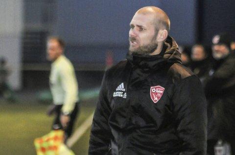 Pål Tallerud fortsetter som trener i FK Toten.