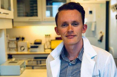 SUPERHELT: Plutselig har det blitt kult å være molekylærbiolog. Det opplever Torleif Tollefsrud Gjølberg (26). Han er med på å gi oss hverdagen tilbake.