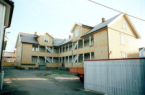 FISKESTREDET. Fiskestredet 4 er bygd som bolig for arbeiderne ved Larvik Glassverket.