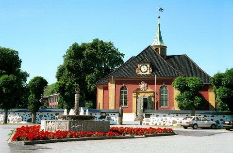 STAVERN KIRKE regnes som en av de fineste rokokkokirker i landet.