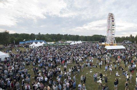 Mye Folk Festival Betyr Mye Folk Og Mange Som Skal Forflytte Seg Da Er