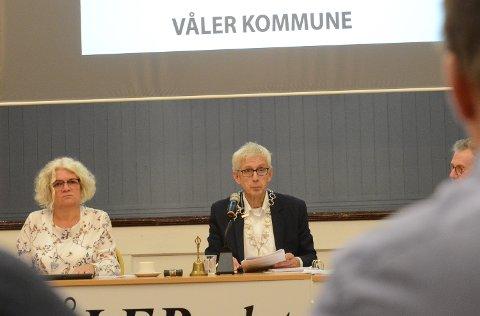 GODT I GANG: Ordfører Ola Cato Lie og varaordfører Maj-Liss Sæterdalen er godt i gang i sine nye roller. Nå må de trolig behandle en klage om hvorvidt de er lovlig valgt.