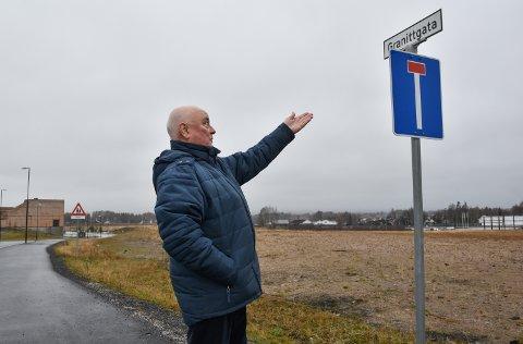 INGEN GATE, NEI: En overrasket Terje Lund konstaterte i november at feil navn var tatt i bruk.