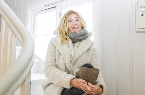 Stolt: Anne Stavnes Wilhelmsen er stolt av å ha blitt plukket ut med tekst til ei bok om et tema hun er ekstra opptatt av. Foto: Nina T. Blix