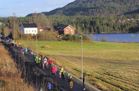 På Neslandsvatn åpnet ny turvei på gammel jernbane i fjor. Nå tas nytt initiativ for Larvik-Porsgrunn.