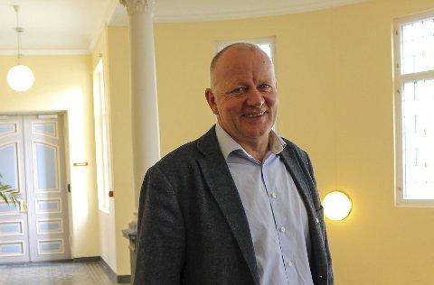 Sjef for oppvekst, Tollef Stensrud, skal bruke pengene direkte på barn som skal lære norsk.