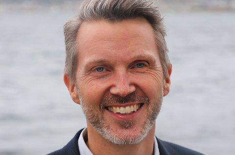 –De tiltakene Kystverket gjør ved sjøtrafikksentralene i Brevik og Horten, er både beredskapsmessig og sikkerhetsmessig forsvarlig, sier kystdirektør Einar Vik Arset ved Kystverket som har hovedkontor i Ålesund.