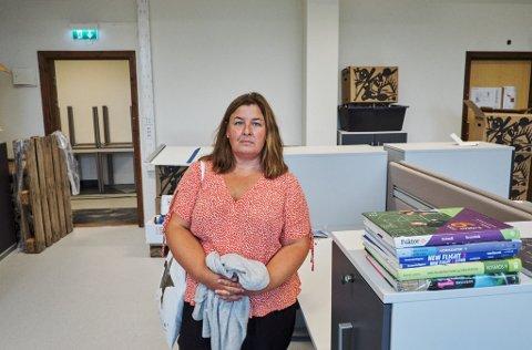 Verneombud og rådgiver Berit Limstrand forteller at personvernet brytes hver dag når flere rådgivere må dele kontorlokaler.