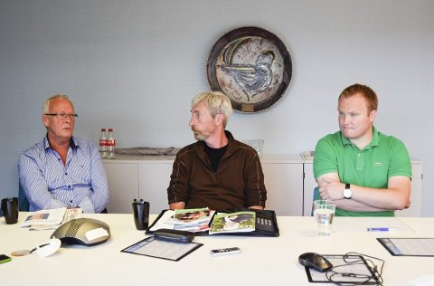 Tore Ellingsen (t.v.) vil ha nye grenser, men Hans-Petter Aasen ser ikke helt behovet. Harald Antonsen fra Jevnaker i midten.