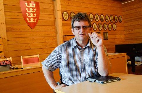 JA TIL SKATT: Atle Haglund (Frp) mener det er nødvendig å bryte et løfte og vil ha eiendomsskatt ett år til.