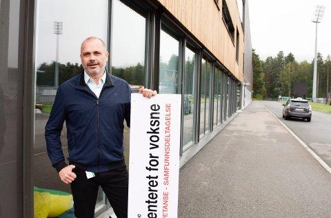 SLUTTER: Geir Dahl har sagt opp, og har sin siste arbeidsdag som enhetsleder/rektor ved Læringssenteret i Hønefoss 28. februar.