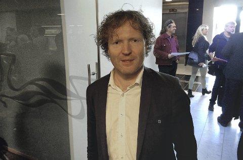 STYRKE POLITIET: Senterpartiets 1.-kandidat i Akershus, Sigbjørn Gjelsvik fra Sørum, vil styrke lensmannskontorene framfor å legge dem ned. Foto: Torstein Davidsen