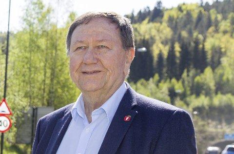 FORNØYD: Leder Arne Haga i Røyken eldreråd er fornøyd med at Norge har fått sin første eldreminister.