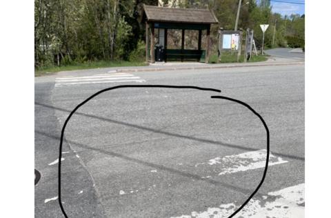 Eksempel på fotgjengerovergang som synes dårlig - her langs Spikkestadveien ved Golfveien.