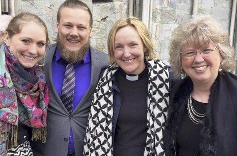 På kirkemøtet: Heidi Nordkvelde (f.v.), Sondre Karstad,  Linn Hummelvoll og Lill Tone Grahl-Jacobsen. Foto: Privat