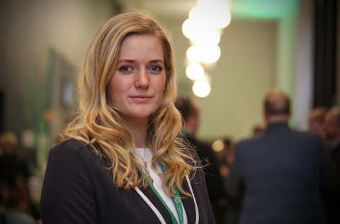– Regjeringen kan ikke fortsette å kutte i hele justissektoren under påskudd av effektivisering og avbyråkratisering, mener Emilie Enger Mehl i Sp.