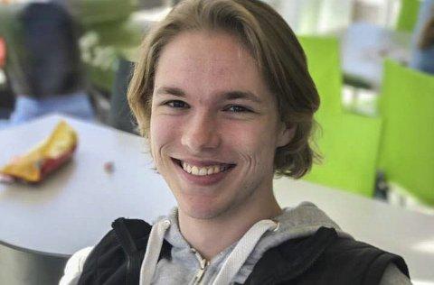 BLIR STUDENT: Jesper Westgaard (19) fra Askim skal bli forretningsadvokat.