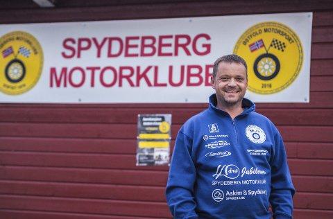 FORMANN I motorklubben: Bjørn Johannessen (44) fra Spydeberg er formann i Spydeberg Motorklubb.