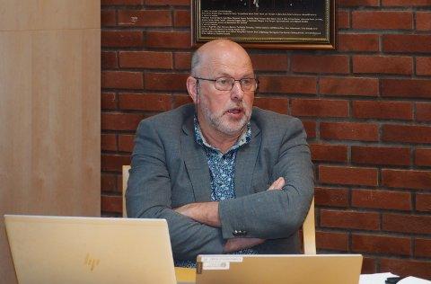 UROA: Problem med rekruttering til pleie og omsorg uroar rådmann Jarle Skartun i Luster.