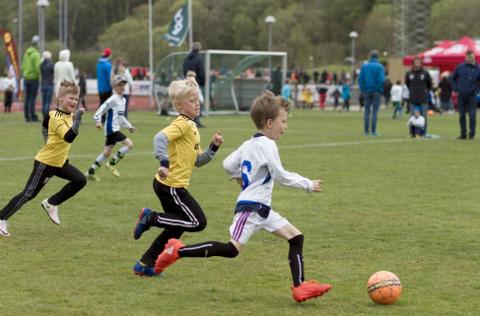 Sola cup er allerede avlyst. Nå kommer Helsedirektoratet og FHI med anbefaling om at barn ikke skal få spille kamper før 1. september.
