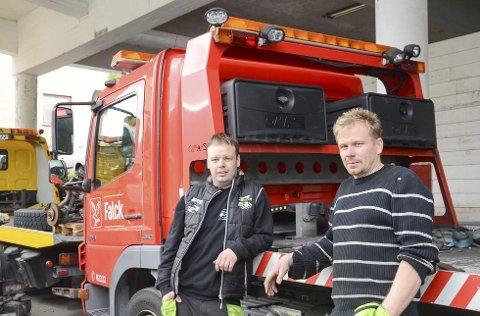 Olav Eike og Thord Paulsen har alt merka at folk kjenner dei att. 31. august vert dei å sjå på TV i heile Norden, og sidan ventar resten av Europa. (Foto: Kristin Eide)