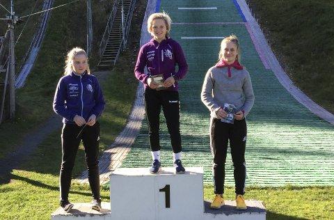 Til topps: Heidi Dyhre Traaserud har vært den jevneste hopperen i klassen i sommer og dermed vant hun sommercupen 2017. (Foto: Kate-June Dyhre Traaserud)