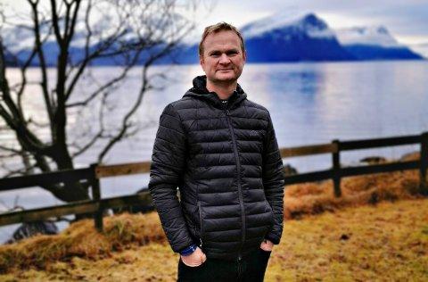 - Målet er å utvikle en app og en nettside med enkle og gode råd som samtidig er konkrete, sier barnelege Bjørn Magne Jåtun i Ålesund.