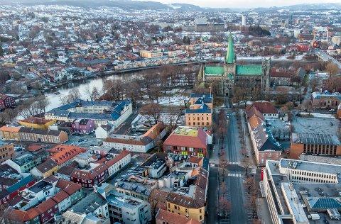 – Det er ingen grunn til å slappe av, tvert imot er det akkurat nå vi skal være skjerpet, uttaler kommunedirektør Morten Wolden i Trondheim.