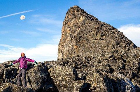 Halvvegs: Linn Therese Helgesen (11) har vært på sin 2000 meters topp nummer 150. Foto: Morten Helgesen