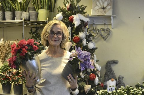 Tips oss: Vi i avisa deler ut juleblomst og «gleder» i hele desember.