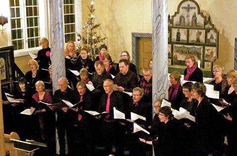 Julekonsert: Øystre Slidre sanglag inviterer til konsert i Lidar kyrkje i Skammestein onsdag kveld. arkivfoto