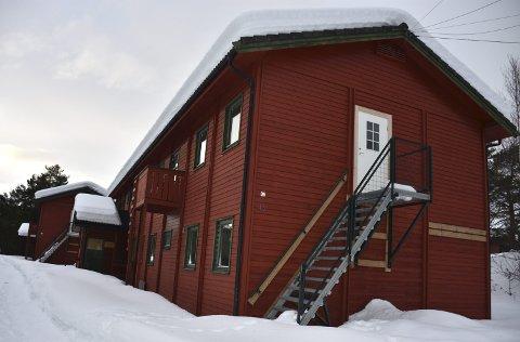 Vil rive: Lundeskogen i Røn som vart etablert som asylsøkjarmottak i 1989, er i såpass dårleg bygningsmessig stand at UDI har konkludert med at ei riving er det rette. Anlegget består av sju bygg inkludert eit administrasjonsbygg.