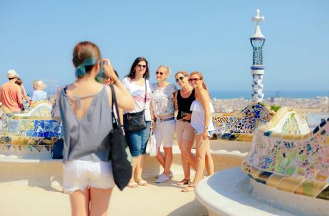 LOVLIG: Du kan ikke legge ut feriebildene dine helt uten videre. Det kan være lovbrudd. (Illustrasjonsfoto)