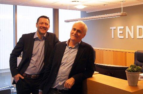 ANNERLEDES TIDER FOR ADVOKATFIRMAET: Erik Bruusgaard (til høyre) i Tenden advokatfirma forteller at det finnes alternative løsninger for dem som ikke vil vente på domstolenes utsettelser. Her med kollega Thomas Lie.