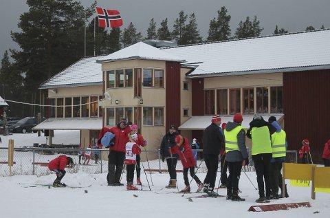 I 2015: Det var bra drag i den norske flagget på Sætersgård under Tolgastafetten i 2015.