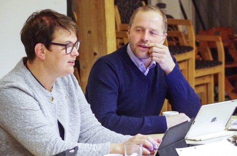 ORDFØRER OG VARAORDFØRER: Ragnhild Aashaug og Leif Vingelen, begge fra Senterpartiet.