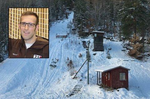NYTT LIV I HOPPSPORTEN: Håkon Helgesen (innfelt) er en av ildsjelene som har sørget for at det igjen er aktivitet i Trydalsbakken. Fra 2021/22-sesongen blir det med bedre forhold.