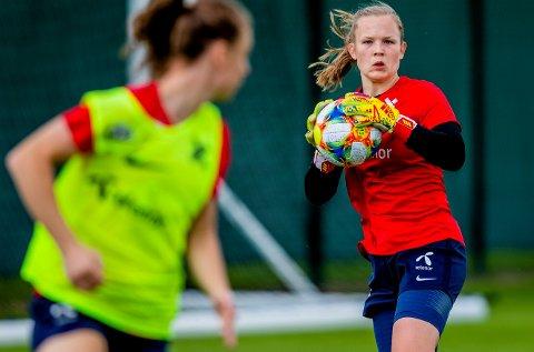 Oda Maria Hove Bogstad under treningen til landslaget i fotball for kvinner dagen før VM-kampen mot Nigeria i sommer. Foto: Stian Lysberg Solum / NTB scanpix