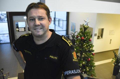Operasjonsleder ved politiet i Nordland, Kai Eriksen, oppfordrer folk til å feire nyttårsaften ved å bruke sunn fornuft.