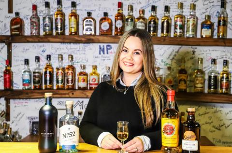 KAPRET JOBB: Renate Nikolaisen (29) kapret jobb i Norges største vin- og brennevinkonsern.