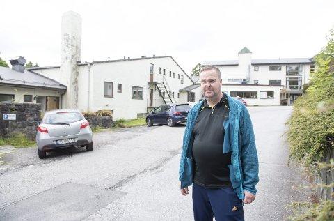Svein Hagesæter ble smittet av en kollega på jobben på Stend Jordbruksskole. Nå er han på rehabilitering.