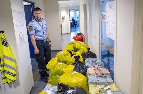 Svein Erik Midthjell og de ansatte ved Askøy og Øygarden lensmannskontor har gjort mye arbeid, men fortsatt gjenstår betydelig innsats.