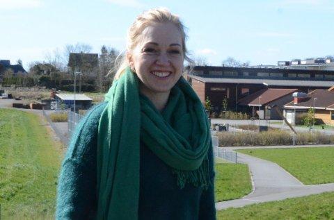 Mitt nærmiljø: Lise Løvereide fra Etne har bodd i Vikevåg siden 2014, og hun stortrives på et lite, stille sted nær byen.