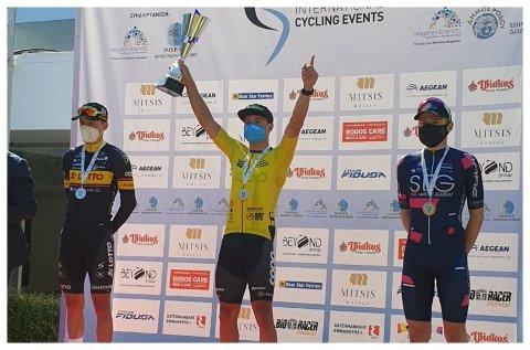 DRØMMESTART: - Både laget og jeg har fått en drømmestart på sesongen, sier Fredrik Dversnes. Søndag vant han sammenlagtseieren i Tour of Rhodes.