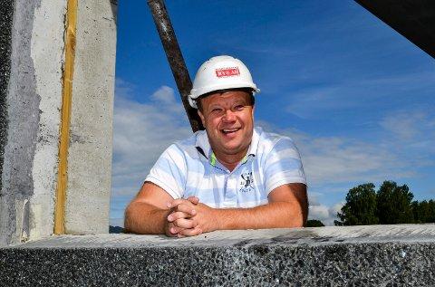 STORSATSING: RVS har aldri satset så stort på næringsbygg tidligere. Styreleder Preben Holter Ellingsen ser fram til at bygget står ferdig til våren 2017.